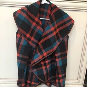 Jackets & Blazers - Plaid swing vest size L cute fall colors brand NEW